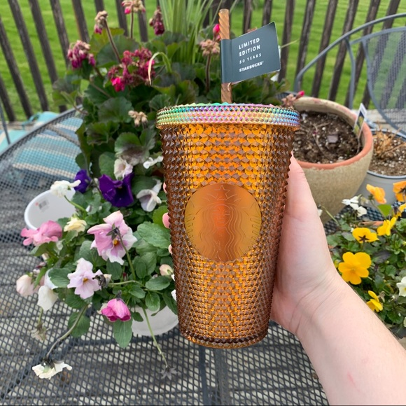 NWT STARBUCKS Honeycomb Studded Grande Tumbler Cup